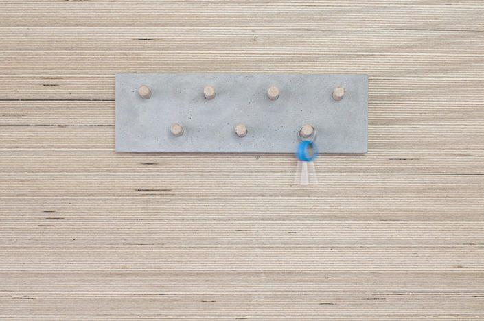 concrete hanger